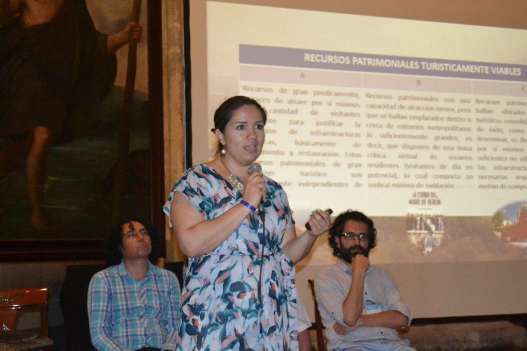 profesora Susana Esquivel Ríos