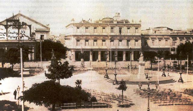 -Parque Central. Estatua Reina Isabel (inicios siglo XX)