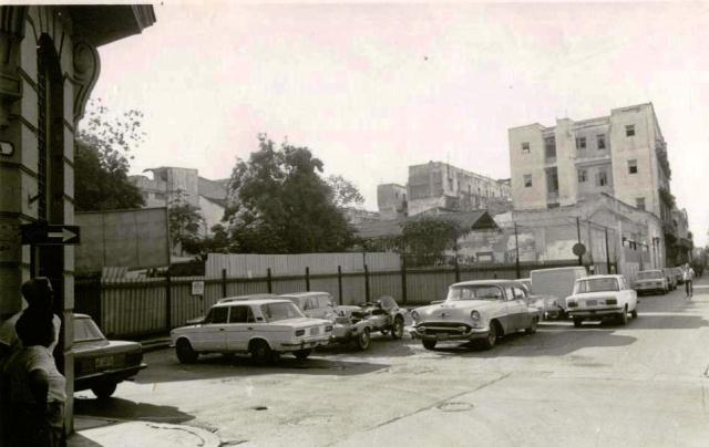 Parcela en Cuba y Amargura (parqueo)