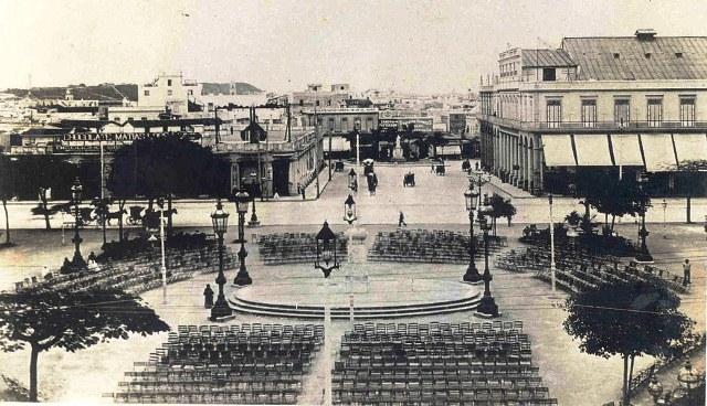 Parque Central, pedestal vacío