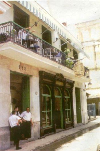 O'Reilly 203, después de la Restauración, Café O'Reilly