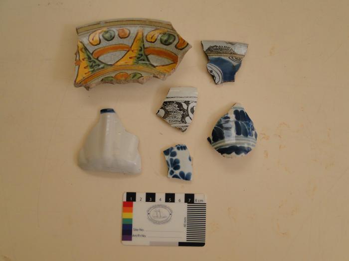 Vestigios de cerámicas utilizadas por los habitantes de La Habana hallados durante este proceso (Foto: Oficina del Historiador de la Ciudad de La Habana)