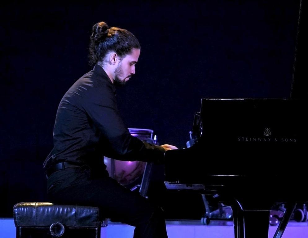 El pianista Jonathan Santana.
