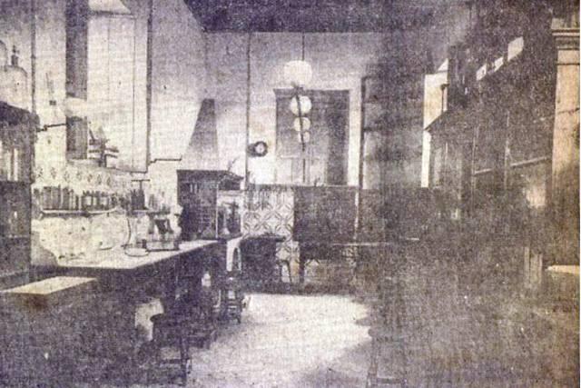 Cocina de la antigua casa adaptada a laboratorio para la Escuela