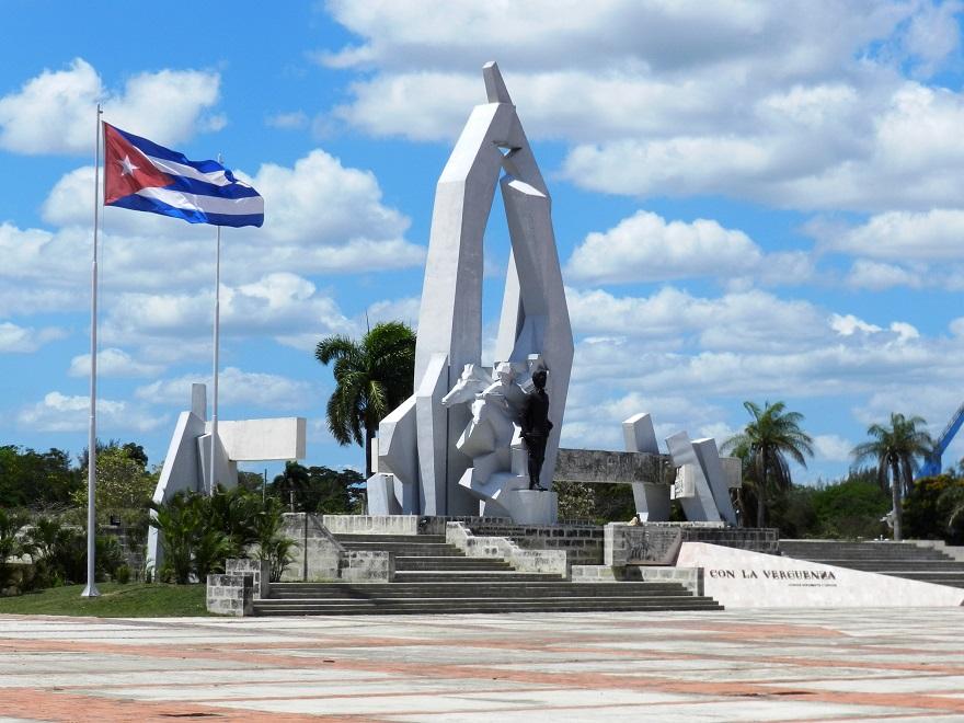 Estatua de Ignacio Agramonte en la Plaza de la Revolución de Camagüey.