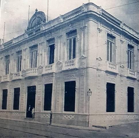 El Iris, 1915