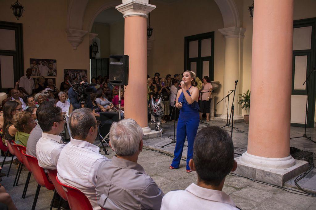 Intérpretes de la música mexicana habituales de la Casa regresaron a cantarla en su 30 anoversario