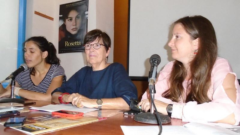 De izquierda a derecha: Mónica Rojas, asistente Cooperación y Cultura de la Embajada de Bélgica en Cuba; Jehanne Roccas, Embajadora de Bélgica en Cuba, y Lysbeth Daumont, directora de la Vitrina de Valonia, durante la conferencia de prensa de la XIII Semana de Cultura Belga en Cuba