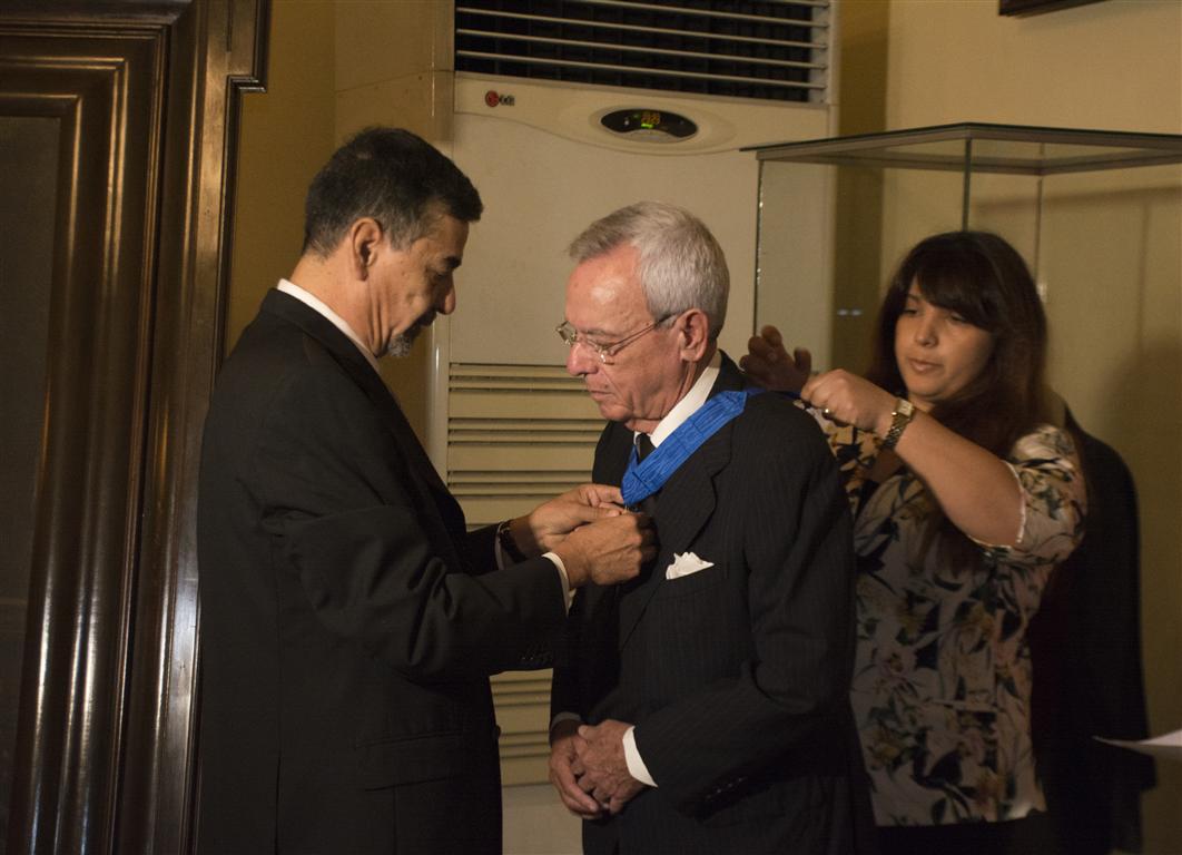 El Doctor Eusebio Leal Spengler recibió oficialmente la Orden al Mérito en el grado de Comendador, otorgada por la República de Chile