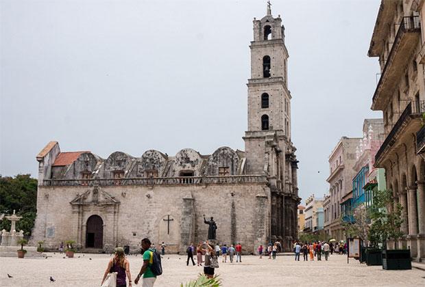 plaza-san-francisco-habana