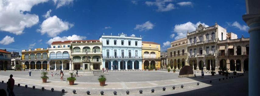 plaza_vieja_2___la_habana_cuba_by_limbo4ever-d2yut3t-Small