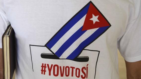 Estudiantes de la Universidad de Ciencias Informáticas (UCI), se preparan para el próximo Referendo Constitucional, en La Habana, Cuba, el 20 de febrero del 2019.       ACN  FOTO/ Ariel LEY ROYERO/ rrcc