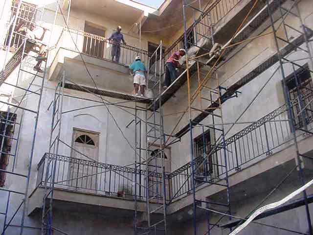 Labores de construcción en el interior