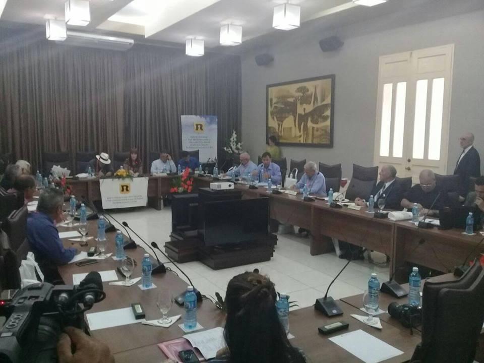 la reunión nacional de la Red de Oficinas del Historiador y del Conservador de las Ciudades Patrimoniales de Cuba con la presencia de todos los directores de las urbes que entrelaza. El encuentro tiene lugar en el Centro de Convenciones Santa Cecilia.