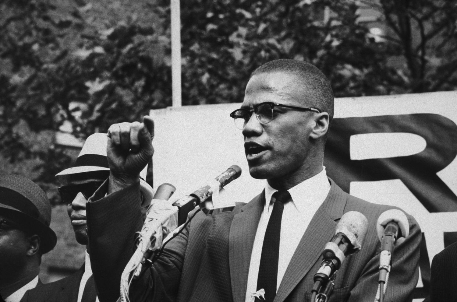 malcolm-x-1963-foto-bob-parent-hulton-archive-getty-images