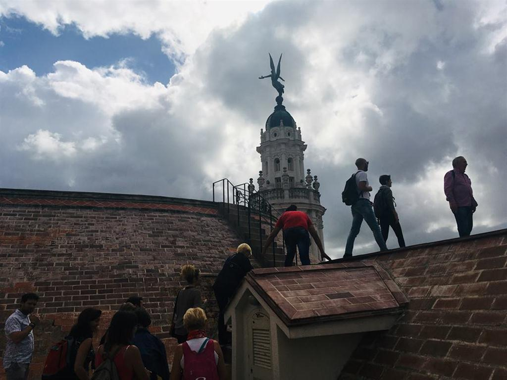 El sitio más esperado durante el recorrido es la visita a la azotea del Gran Teatro de La Habana Alicia Alonso