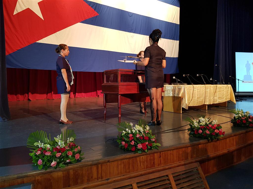 Espada ceremonial de Carlos Manuel de Céspedes precidió la inauguración del 23 Congreso nacional de Historia