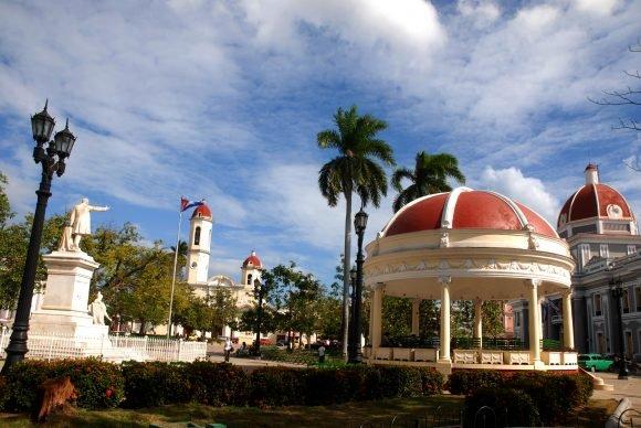 El Parque José Martí, núcleo fundacional de la Colonia Fernandina de Jagua (Foto: Modesto Gutiérrez Cabo)