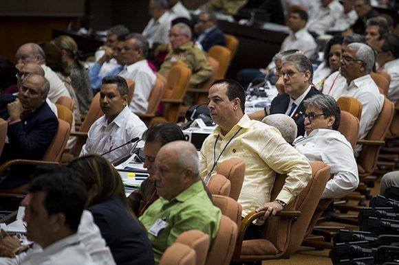 Diputados durante la Tercera Sesión Extraordinaria de la Asamblea Nacional del Poder PopularFoto: Irene Pérez/ Cubadebate.