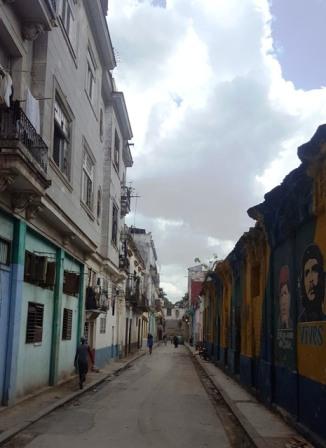 Callejón de Porvenir mirando hacia Habana