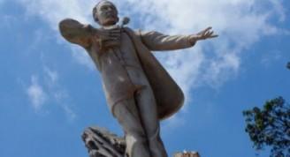 Estatua de José Martí en Guatemala