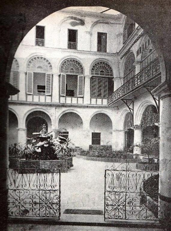 Patio convento de San Francisco (mediados S. XX)