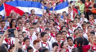pioneros-juventud-cubana-fidel-castro