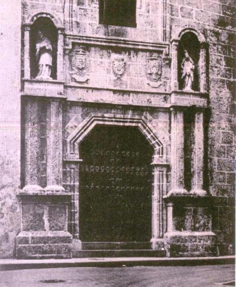 Seminario San Carlos, fachada por San Ignacio, año 1975
