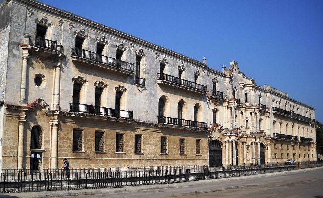 Antiguo Seminario, hoy Centro Cultural Félix Varela.