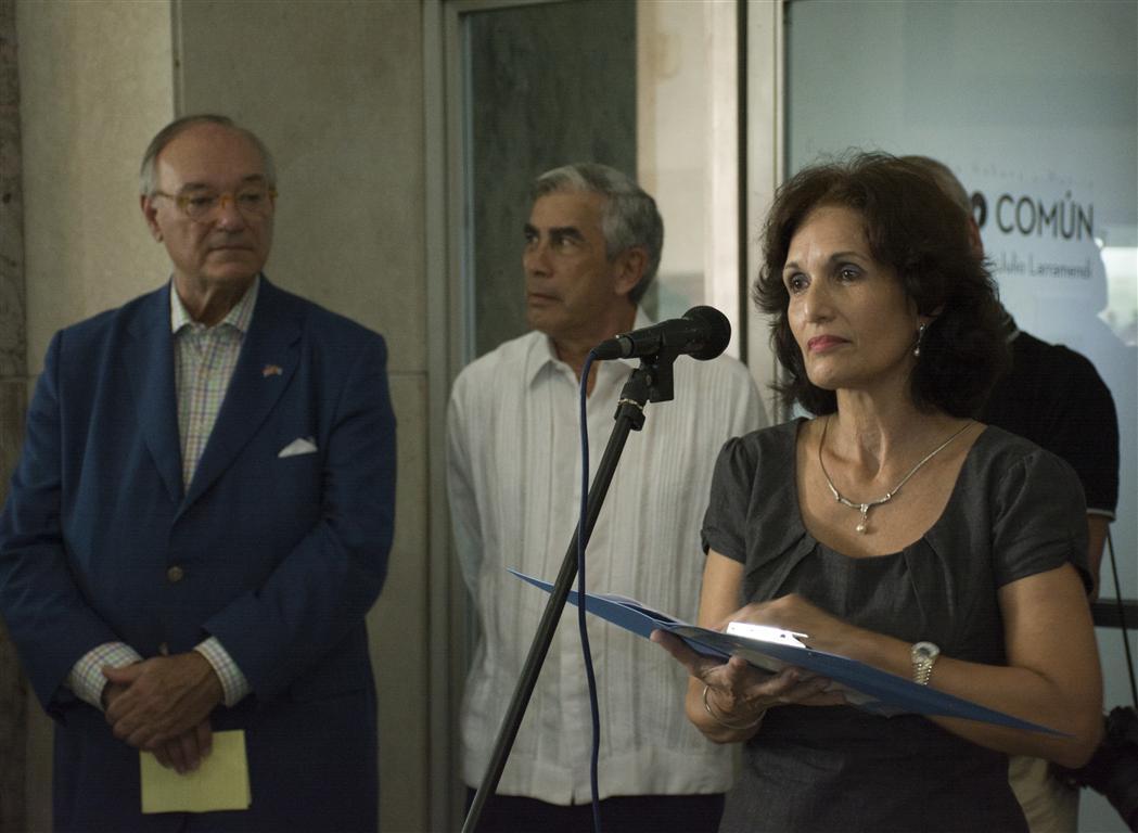 Vilma Ponce Suárez, especialista e investigadora de la Biblioteca