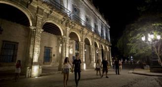 iluminacion-del-morro-y-palacio-del-segundo-cabo-4-768x495