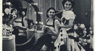 """María de los Ángeles Santana y Rita Montaner en """"Romance del Palma"""""""