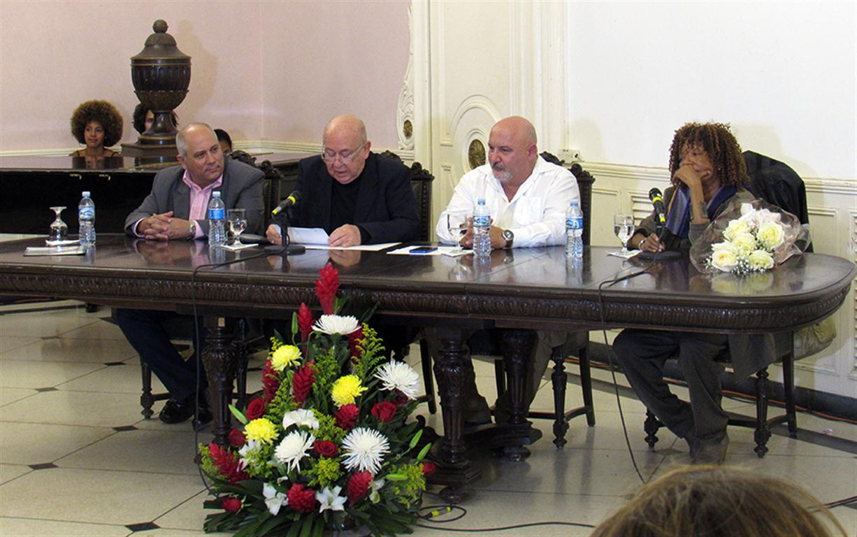 barnet honoris causa habana radio 3 (Medium)