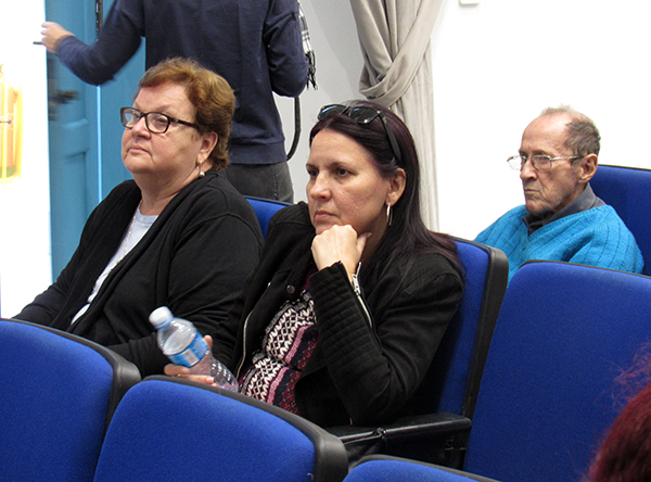 La cantante Rochy Ameneiro junto a la psicóloga Norma Vasallo, integrantes del proyecto Todas.