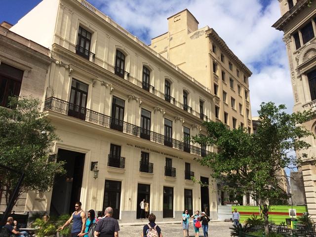 Oficios 106-110 hoy hotel