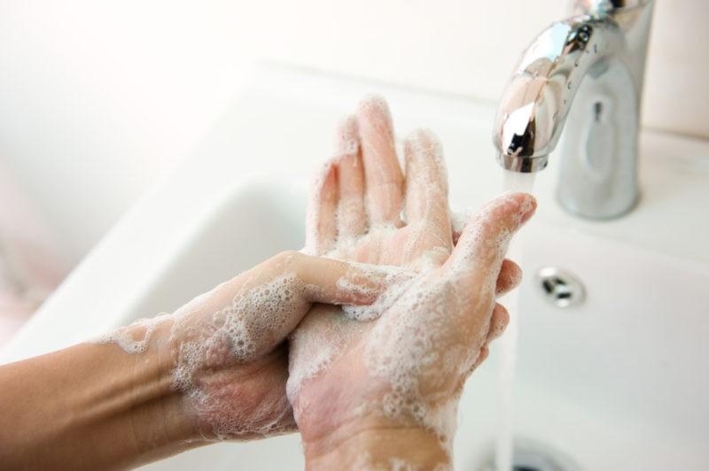 lavarselasmanos