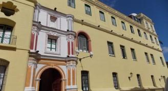 fachada-principal-del