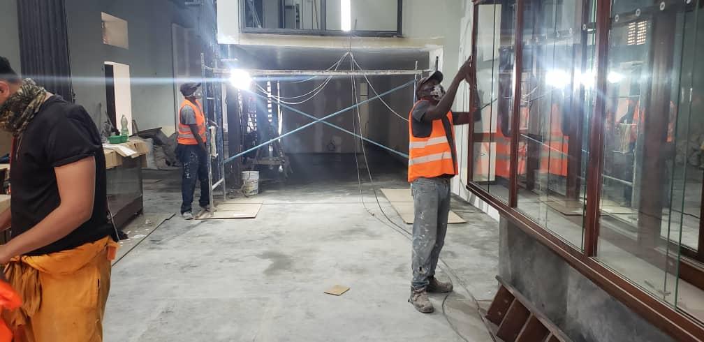 Trabajos de mantenimiento en el Museo de la Armería