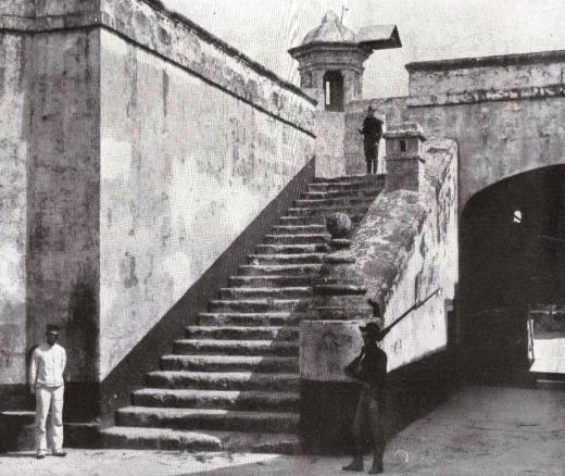Castillo Atarés (foto antigua)