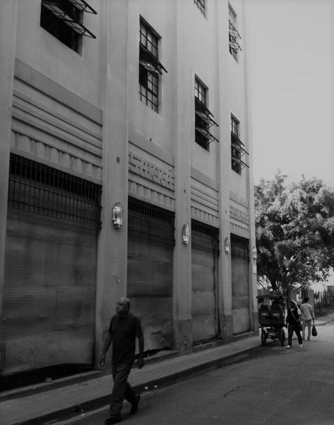 Edificio de Teniente Rey y Habana (por Habana) antes de la rehabilitación