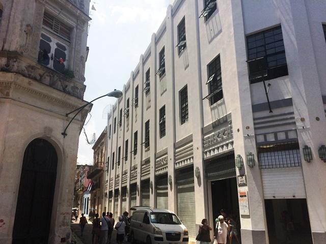 Edificio de Teniente Rey y Habana, después de rehabilitado