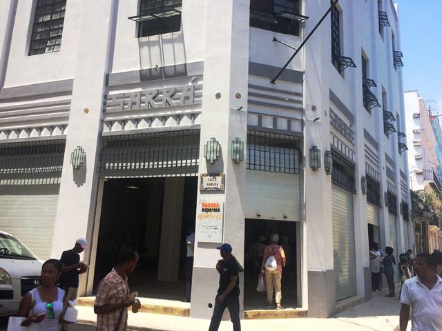 Edificio de Teniente Rey Y Habana (Espacios Creativos)