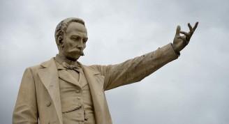 jose-marti-sculpture-cuba-history-statue