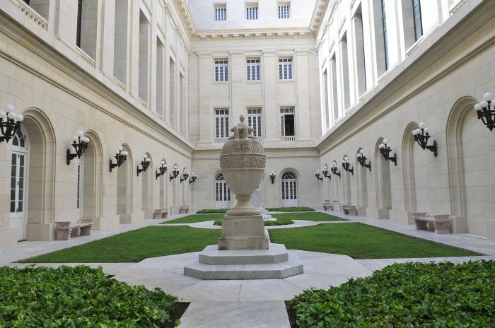 Área exterior del Capitolio Nacional de la República de Cuba. Foto: Juvenal Balán / Granma