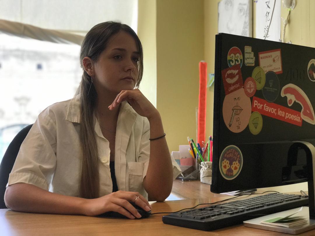 Laura Escudero de la Biblioteca Fonoteca del del Gabinete Esteban Salas