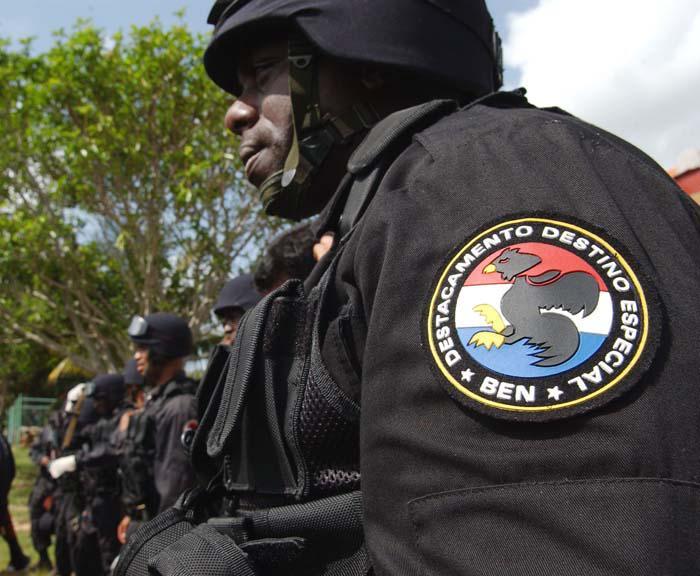 A lo largo de estos años, el MININT ha cumplido numerosas tareas para salvaguardar las conquistas de la Revolución. Foto: Juvenal Balán
