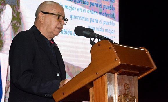 El poeta, escritor, etnólogo y Presidente de Honor de la Unión de Escritores y Artistas de Cuba, Miguel Barnet.