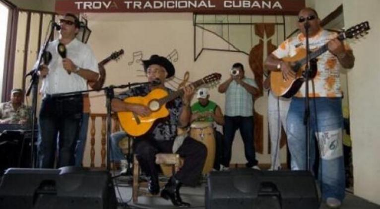 eliades-ochoa_cuarteto-patria_casa-de-la-trova_santiago-de-cuba
