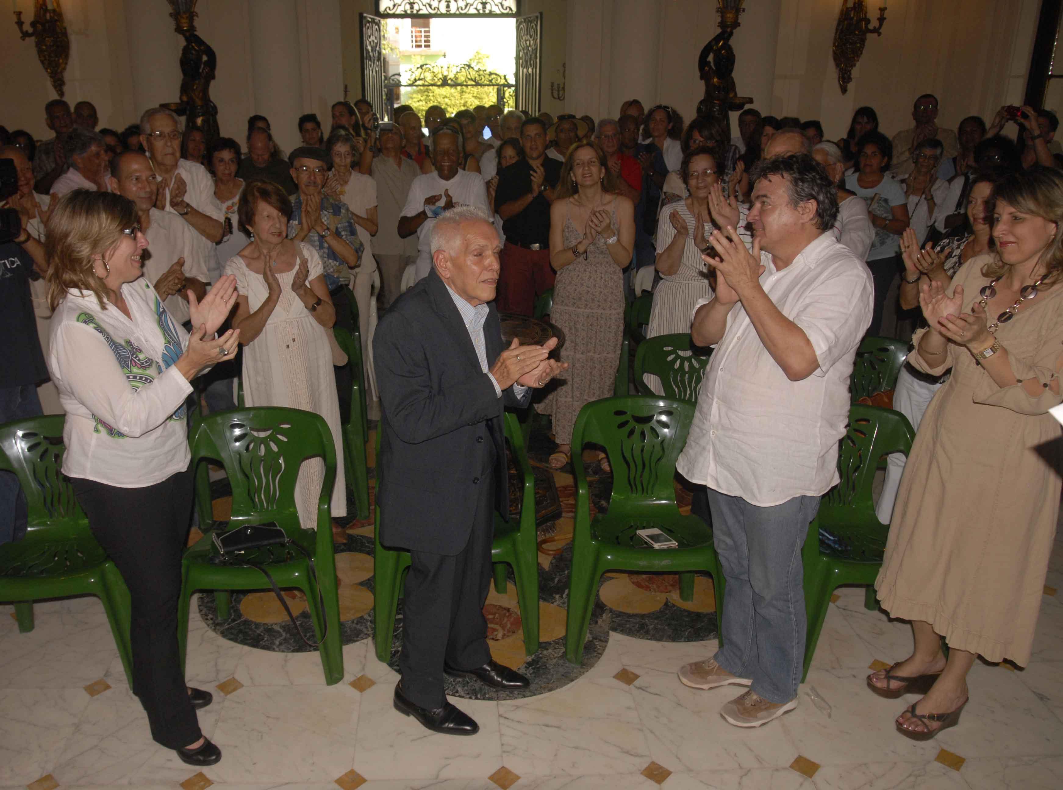Homenaje al Dr. Arquitecto José Ramón Linares Ferrera, donde le fue otorgado el Premio Nacional de Patrimonio Cultural por la Obra de toda la Vida.