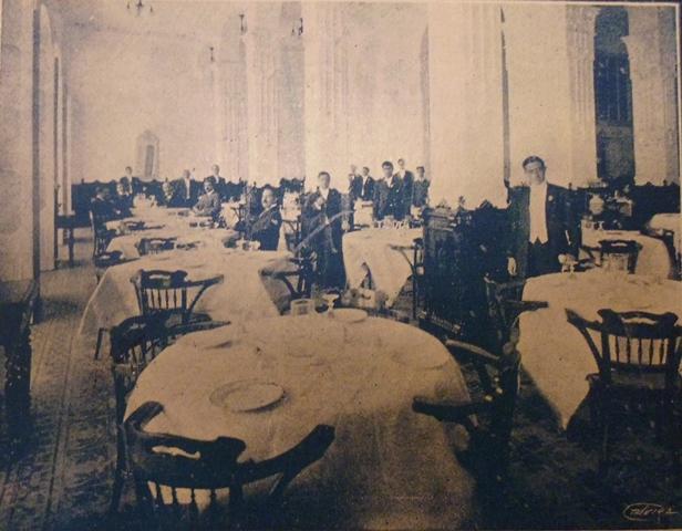 Restaurante, 1910